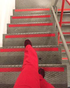 Rood en rood. #Destijl #geometrie op onverwachte momenten. #design #lijnen