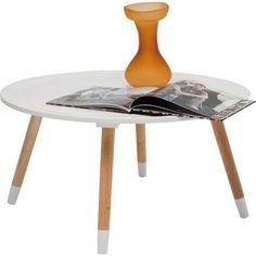 Stolik Kawowy Blossom 70cm Biały Jeżeli poszukujesz klasycznego stolika z odrobiną oryginalności to stolik Blossom marki Kare Design jest dla Ciebie. Harmonijne zestawienie bieli i barwy ciepłego drew ...