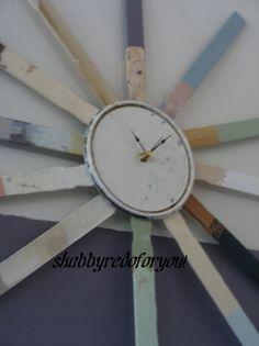Sunburst Paint Stick and Paint Lid Clock DIY