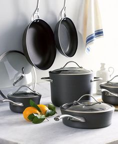 A registry must for serious chefs, Calphalon nonstick cookware