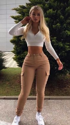Mode Outfits, Girl Outfits, Fashion Outfits, Cute Casual Outfits, Stylish Outfits, Look Fashion, Girl Fashion, Parisian Fashion, Curvy Women Fashion