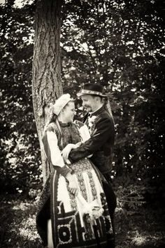 A modern Hungarian couple who decided to have a lovely traditional folk wedding :)