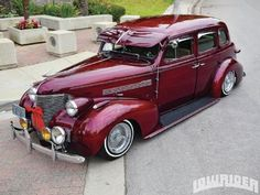 Ernest Heinen saved to Vintage Cars / a construction time of years and a lot of cash, Jose was finally done with his 1939 Chevrolet Master Deluxe. Chevrolet Corvette, Muscle Cars, Vintage Cars, Antique Cars, Vintage Style, Automobile, Chrysler Pt Cruiser, Us Cars, Custom Cars
