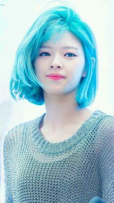 Jeongyeon Blue Hair Twice Suwon, Kpop Girl Groups, Korean Girl Groups, Kpop Girls, Twice Jungyeon, Twice Kpop, K Pop, Pop Idol, Nayeon