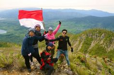 Merdeka.... Together we can... Mt. Talang