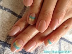 Summer nail   Line of gold and green and cool