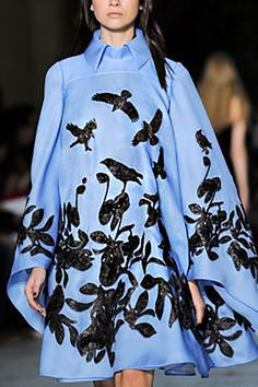 Feathered fashion: beautiful clothes with images of birds. Discussion on LiveInternet - Russian Service Online Diaries