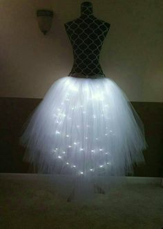 Hi-Lo LED tutu/ Black adult party tutu & Cool white lights tulle colors available) party – Women Block Gold Tulle, White Tulle, White Ribbon, Witch Tutu, Manequin, Queen Of Hearts Costume, Fairy Dress, Gold Ribbons, Luz Led