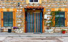 Stock image of 'Detail of the Facade of Spanish Homes Decorated with Flowers'                  .