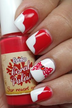 cute holiday nails :)