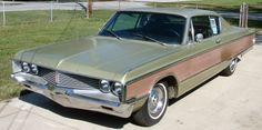 Chrysler Newport Custom 2dr HT