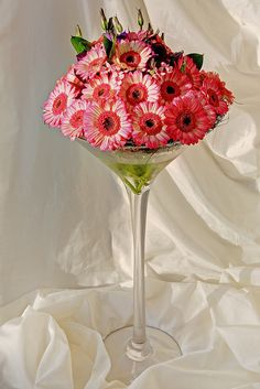 Flowers in a Martini Glass | Wedding Flowers - Martini Glass