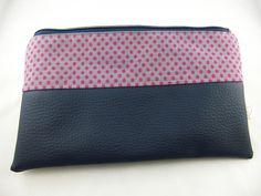 Schminktäschchen - Kosmetiktäschchen mit dunkelblauem Leder - ein Designerstück von prettybyreni bei DaWanda