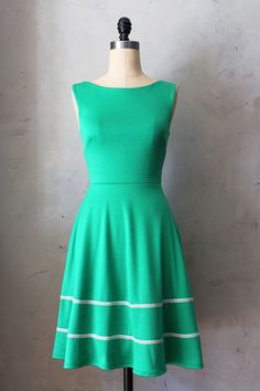 Coquette Dress in Emerald