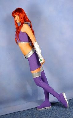 Character: Starfire (Koriand'r) / From: DC Comics 'Teen Titans' & DCAU's 'Teen Titans Go' / Cosplayer: Katie George (aka Katie Cosplays) Teen Titans Cosplay, Dc Cosplay, Comic Con Cosplay, Best Cosplay, Cosplay Girls, Cosplay Ideas, Comic Con Costumes, Cool Costumes, Cosplay Costumes