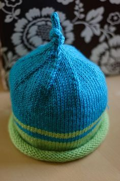 Sweet and Simple Baby Hat // free pattern