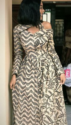 African fashion is available in a wide range of style and design. Whether it is men African fashion or women African fashion, you will notice. African Maxi Dresses, Ankara Dress Styles, Ankara Gowns, Latest African Fashion Dresses, African Dresses For Women, African Print Fashion, African Attire, African Wear, Ankara Fashion