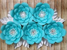 Paper Flowers, Breakfast at Tiffanys Decorations, Tiffanys Bridal Shower, Tiffany Blue Decor, Paper Flower Backdrop, Big Paper Flowers, Blue