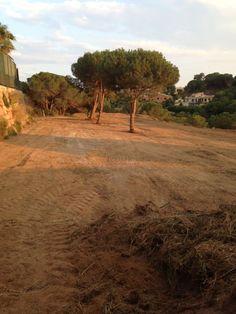 Parcela en Sant Andreu de Llavaneres. Parcela en zona urbana. En Sant Andreu de… Country Roads, Urban, Houses
