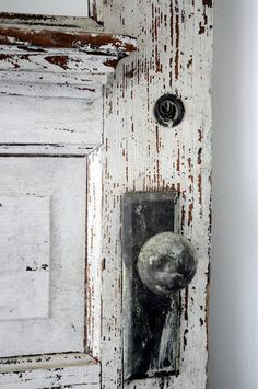 Old Doors and knobs..........always intrigue