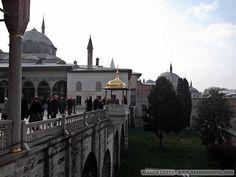 Istambul - Turquia Hagia Sophia, Barcelona Cathedral, Taj Mahal, Building, Travel, Blue Mosque, Europe, Viajes, Buildings