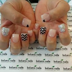 NICE NUDE with Chevron and glitter #nudepolish #heartmani #glitter - bellashoot.com