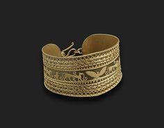 """""""Pozioni magiche"""" e gioielli etruschi"""