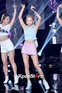 Goo Hara Kara, Mtv Shows, Kim Sang, Sulli, Stage Outfits, Girl Bands, Korea Fashion, Female Singers, Korean Actresses