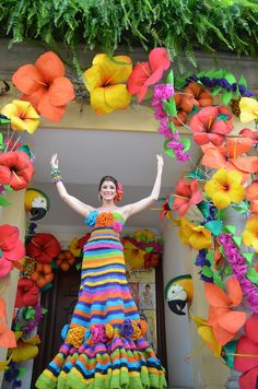 "Barranquilla Carnival Unesco : ""World intangible heritage"" The second best carnival in the world. Luau Birthday, 1st Birthday Outfits, 1st Birthday Girls, Birthday Parties, Aloha Party, Fiesta Party, Spring Carnival, Moana Party, 3d Paper Crafts"