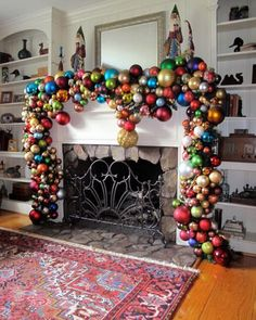13 Gorgeous Christmas Mantle Ideas | Clipboards