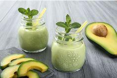 Go green with this refreshing concoction of green fruits and veggies!