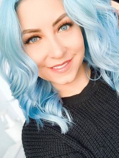 Vivid Hair Color, Cool Hair Color, Cool Tone Hair Colors, Green Wig, Blue Wig, Funky Hairstyles, Braided Hairstyles, Updo Hairstyle, Braided Updo