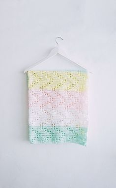 Check It Out! 23 Fantastic High Quality Baby Blankets - Noahs Ark Baby Blanket From Annies attic Bebek Battaniyesi. See Also Crochet Feather and Fan Baby Blanket Free Pattern Crochet. Crochet Baby Blanket Free Pattern, Baby Afghan Crochet, Manta Crochet, Crochet Bebe, Baby Afghans, Easy Crochet, Filet Crochet, Crochet Stitches, Afghan Patterns