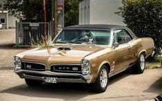 American muscle cars - Classic cars and Trucks - Chevrolet, Dodge etc 1965 Pontiac Gto, Pontiac Cars, 1965 Gto, Pontiac Lemans, Classic Cars British, Bmw Classic Cars, Models Men, Mini Car, Us Cars