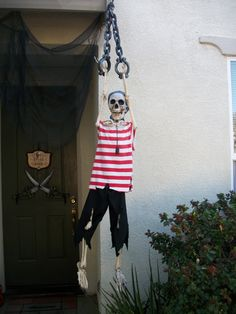 Halloween Pirate Skeleton Mate 2015