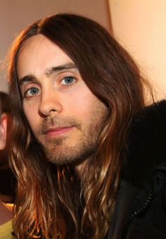 there is a treasure between his nose and his chin ✨😏 jaredleto Jared Leto Girlfriend, Jared Leto 2014, Pretty People, Beautiful People, Good Night Sweetheart, Jered Leto, Shannon Leto, Just Jared, Jeremy Scott