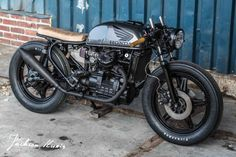 IWC Honda CX500 http://bikebrewers.com/honda-cx500-brat-cafe-by-ironwood/