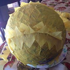 DIY Pineapple Pinata Movie Basket Gift, Movie Gift, Pineapple Pinata, Harry Potter Christmas Tree, Crepe Streamers, Hawaiian Theme, First Blog Post, Fall Gifts, Harry Potter Diy