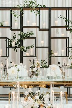 Geometric Wedding Backdrop Wedding Backdrop Ideas Modern Black and White Wedding Table Decoration Wedding, White Wedding Decorations, Wedding Centerpieces, Backdrop Wedding, Reception Backdrop, Quinceanera Centerpieces, Wedding Mandap, Saree Wedding, Table Centerpieces
