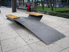 Bench on Paseo de Reforma, Mexico City Landscape And Urbanism, Landscape Elements, Urban Landscape, Landscape Design, Urban Furniture, Street Furniture, Outdoor Seating, Indoor Outdoor, Mexico City