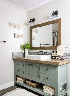 Here you're able to discover bathroom design on a budget, suggestions for small bathrooms, guest bathroom decorating tips and diy bathroom decor Bad Inspiration, Bathroom Inspiration, Bathroom Ideas, Bathroom Organization, Bathroom Storage, Bathroom Designs, Best Bathroom Colors, Bathroom Inspo, Bathroom Styling