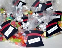 """Cheap and Easy Kid's Goody BagsWanna get clever? Put jelly beans in a baggie and call them """"Magic Beans"""". You can even match the jelly beans to your color theme. Found on The Craftin' B"""