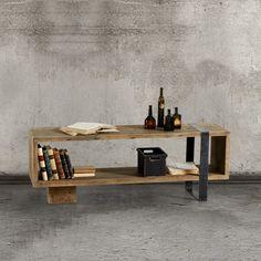 tavolinetto basso in tavole di legno grezzo con inserto in ferro