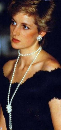 Those that have married in to Royal Families since 1800. UK Edition Lady Diana Spencer Her stepmother was the daughter of famous romance novelist Barbara Cartland. A Novellist Diana loved and read obsessively She was homeschooled until age 9. She...
