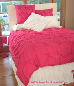 Hot Pink bedding set for girls Hot Pink Bedding, Girls Pink Bedding, Bed Comforter Sets, Girl Bedding, Teen Girl Bedrooms, Little Girl Rooms, Bedroom Ideas, Bed Ideas, Home Decor