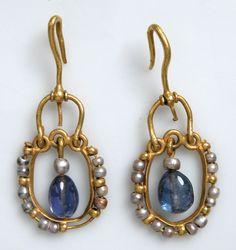 Byzantine Jewelry   7th century, Byzantine. Gold, sapphire, pearl. These elegant earrings ...