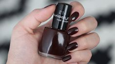 Misslyn-spiced-wine-214-nail-polish-swatch