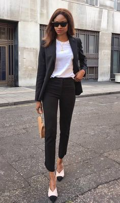906b57f85eae simple office outfit : white top black suit bag heels Simple Office Outfit, Office  Attire