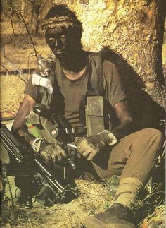 South African Special Reconnaissance Forces (Recces) - Hendri's dad was a highly trained operative during the Angola war.