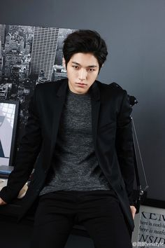 INFINITE L reveals photoshoot for Vinistyle ~ Daily K Pop News